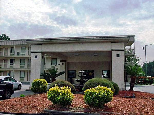 Ramada Limited - Savannah Airport