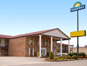 Days Inn - Blue Ridge